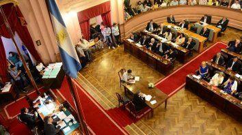 tras la suspension el 26 de febrero, la camara de diputados esta convocada a sesionar este martes