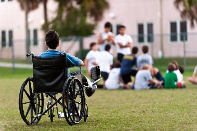 Nación niega la baja de pensiones por discapacidad a niños