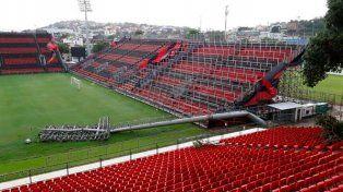 Preocupación en River: tormenta derrumba dos torres de iluminación de la cancha de Flamengo