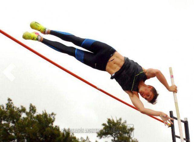 Un entrerriano en San Pablo: Zaffaroni superó los 5 metros con garrocha