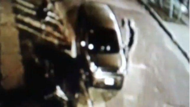 Video: ola de robos en autos estacionados en Colonia Avellaneda