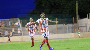 Atlético Paraná goleó en el Mutio y es puntero de la Zona 3