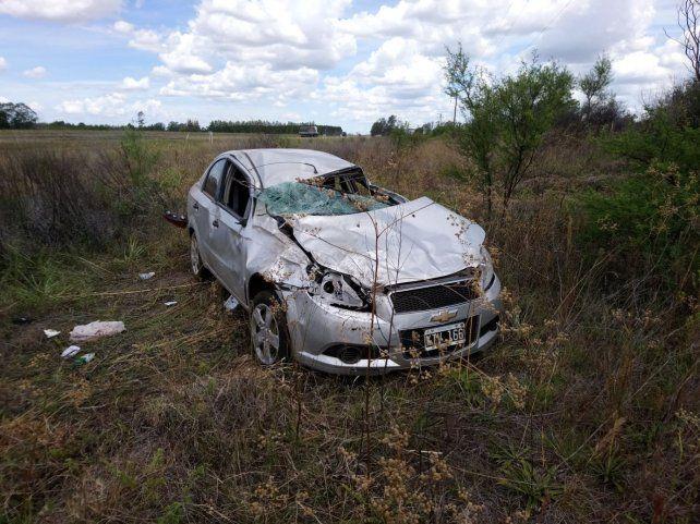 Violento vuelco en Autovía Artigas