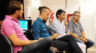 Los funcionarios de Cultura escucharon el diagnóstico de los trabajadores de la cultura. Foto prensa Cultura.