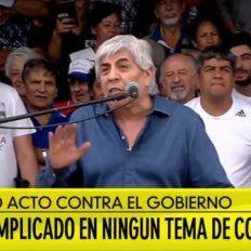 En una multitudinaria protesta, Moyano advirtió que no tiene miedo de ir preso