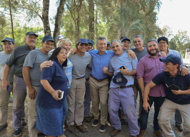 Macri entre los trabajadores entrerrianos le habló al país.