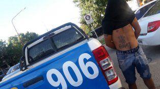 Uno de los detenidos en la villa 351. Foto PER.