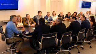 21F: Macri cerró el día junto a Varisco en encuentro con radicales