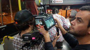 Rodaje. La filmación se concretó íntegramente sobre un colectivo y se llevó a cabo en diferentes barrios y avenidas de la capital entrerriana.