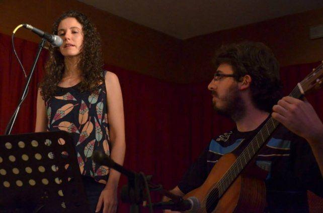 Encuencierto: donde música, poesía y artes visuales se entremezclan