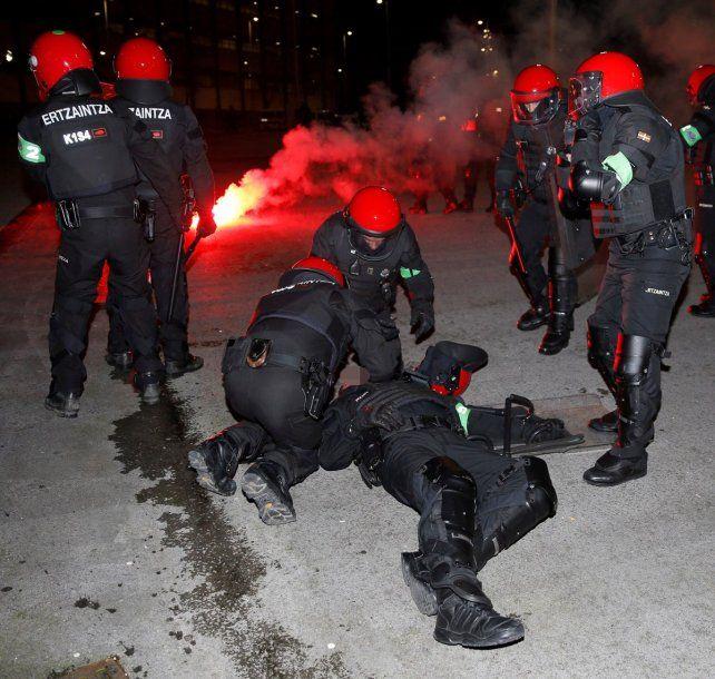 Tragedia en Athletic de Bilbao-Spartak Moscú: un policía muerto