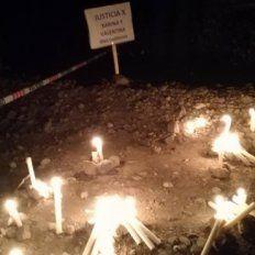 Anoche el pueblo de Las Ovejas marchó para exigir justicia por las víctimas del doble femicidio.