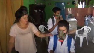 Otra escuela fumigada: Han muerto peces, aves y los próximos muertos seremos nosotros