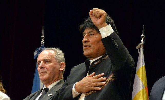 Morales. El presidente lidera comunidades originarias y difunde sus saberes.