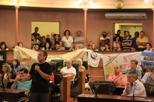 Eduardo Cerdá disertó en la Cámara de Diputados de Entre Ríos. Foto UNO Diego Arias.