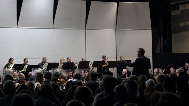 Velada histórica de la Orquesta Sinfónica de Entre Ríos en el primer concierto de su 70° Aniversario