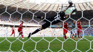 Messi no debería ser autorizado a jugar por la FIFA