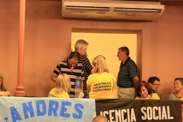Los asambleístas de Concordia en Paraná.  Foto <b>UNO</b> Diego Arias.