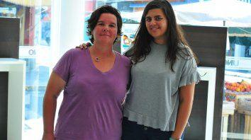 Organizadoras. Rocío Lanfranco y María Mercado, integrantes del staff organizador del slam.