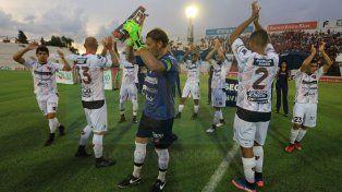 Pumpido mete cambios en el once titular para visitar a Belgrano