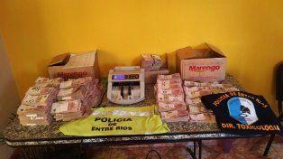 Secuestraron 1.7 millones de pesos en efectivo que eran  ingresados a la provincia por ruta 12