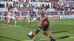 Sebastián Ribas el máximo goleador de la Superliga