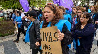 La asamblea de Mujeres de Paraná repudió los dichos de Bordet respecto del paro del 8M