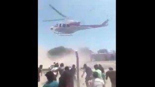 La desesperación en un pueblo salteño al que tiran comida desde un helicóptero