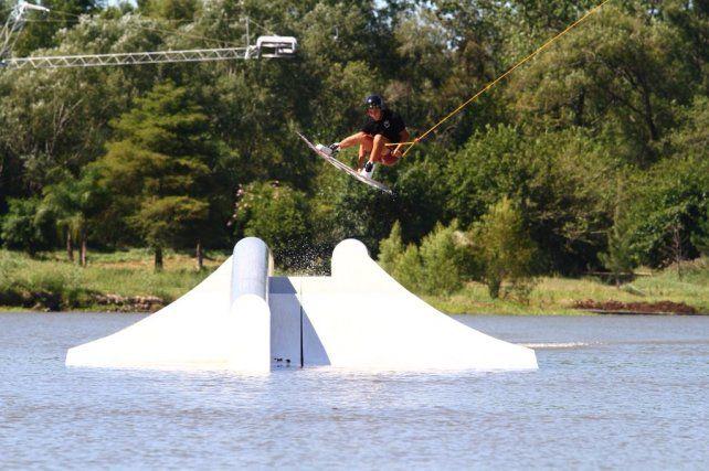 Inauguran el Pampa Cable Park en la previa del Campeonato mundial de Wakeboard