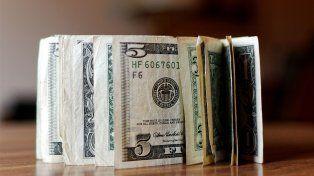 El dólar volvió a perforar el techo de los $23