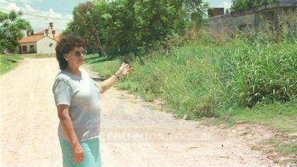 Foto de archivo de diario Uno de 2001, en una de las notas a Alicia Glauser en la comisión vecinal Santa Lucía