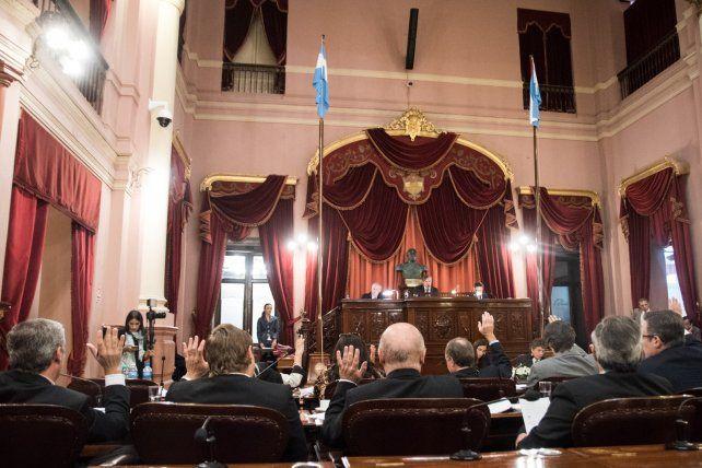 Los senadores le dieron media sanción al proyecto de ley por el que la provincia adhiere a las disposiciones del artículo 34 ° y concordante de la Ley Nacional 23.737. Foto Gentileza Prensa Legislativa.
