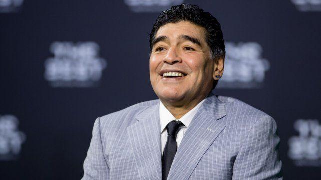 Maradona y su homenaje en el Día de la Mujer