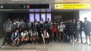 Salen de gira. Los chicos viajaron ayer bien temprano y hoy ya saldrán a la cancha en suelo brasileño.