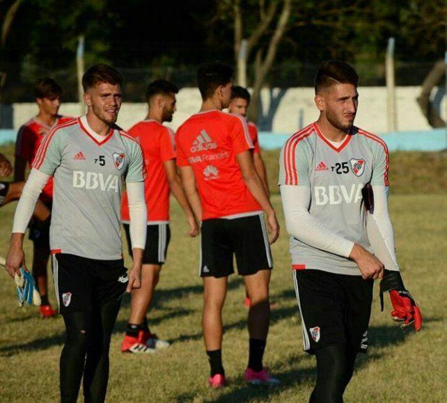 El plantel de Reserva de River Plate entrenó en la cancha del Club Don Bosco