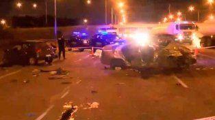 Dos muertos en un grave accidente sobre la autopista a Santa Fe