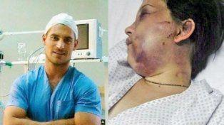 El anestesista que drogó y golpeó brutalmente a una mujer espera el juicio con fútbol y terapia
