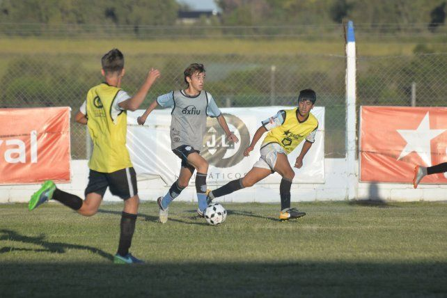 El Turco García observó a jugadores Mondongueros