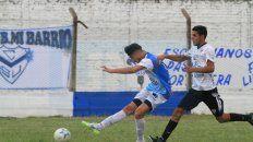 Lazaneo defendiendo los colores de Sportivo Urquiza ante Atlético Diamantino por el Federal C.
