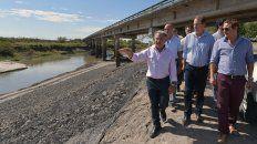 In situ. Bordet y su valoración de las obras en Tala: Es un puente muy importante para toda la provincia.
