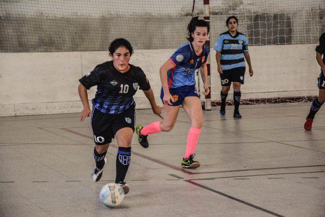 Siguen sumando. El campeonato Femenino cuenta con más chicas en el deporte. Hoy saltarán a la cancha para jugar una nueva jornada.