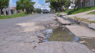 Tareas. Desde hace años la trama vial de la capital provincial necesita un acondicionamiento profundo.