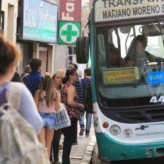 CON la SUBE. La mayoría de los usuarios del colectivo urbano en Paraná abonan una tarifa subsidiada, por debajo del valor del boleto general.