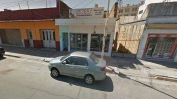 Rompepuertas. Un negocio de calle Gualeguaychú fue un blanco.