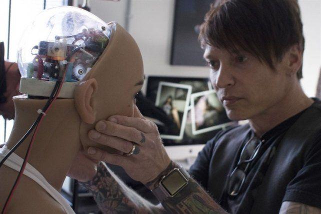 Harmony incorporó inteligencia artificial a su sensualidad