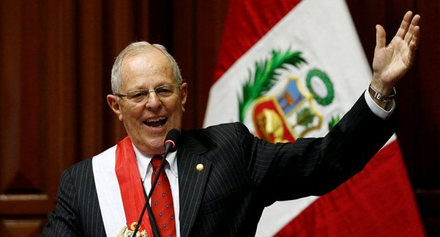 Renunció Pedro Pablo Kuczynsk, presidente de Perú
