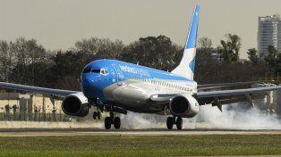 Aerolíneas arregló tres aviones tras el granizo pero habrá cancelaciones
