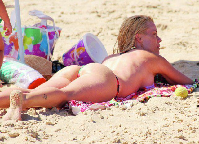 Nicole descansado en la playa. Foto Internet.
