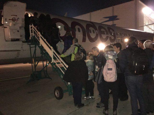 La partida. Los 214 familiares partieron desde Buenos Aires hacia las Islas Malvinas.