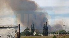 parana: un incendio en la zona del parque industrial causa alarma en los vecinos